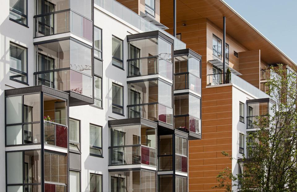 Остекление балконов и лоджий Lumon
